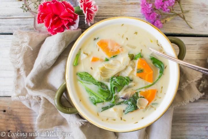 creamy-spinach-artichoke-soup-1-1024x683